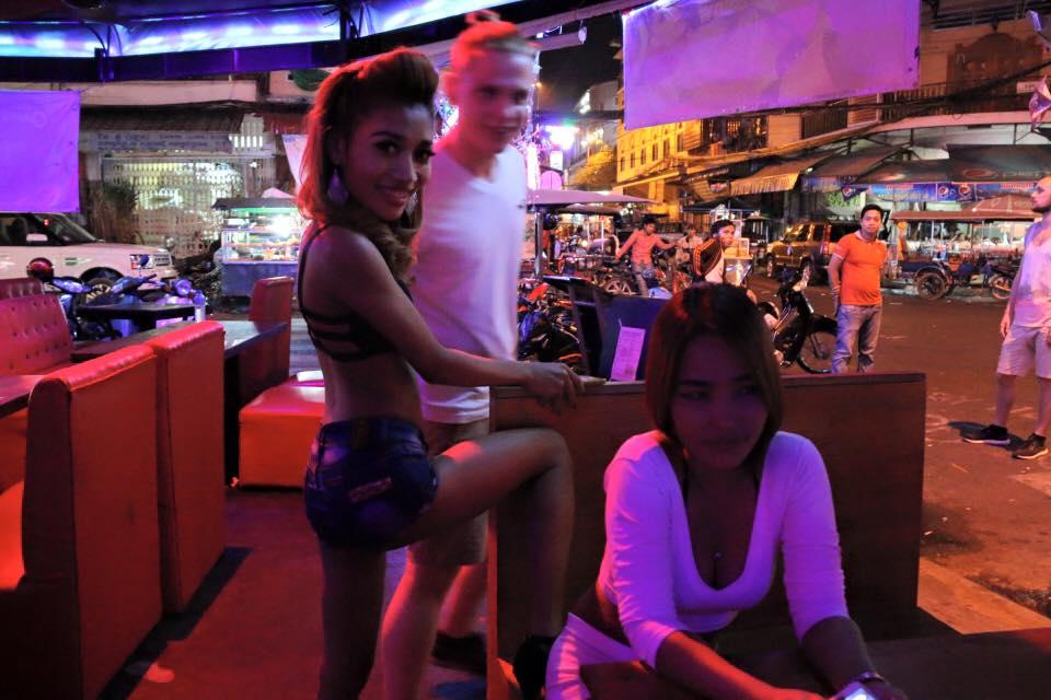 Naga, Philippines girls