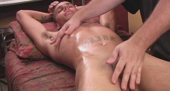 Martigues  (FR) nude massage