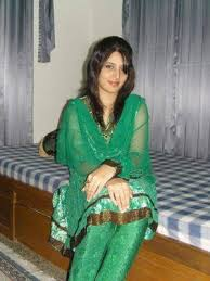 Sexual massage in Rajgarh (IN)