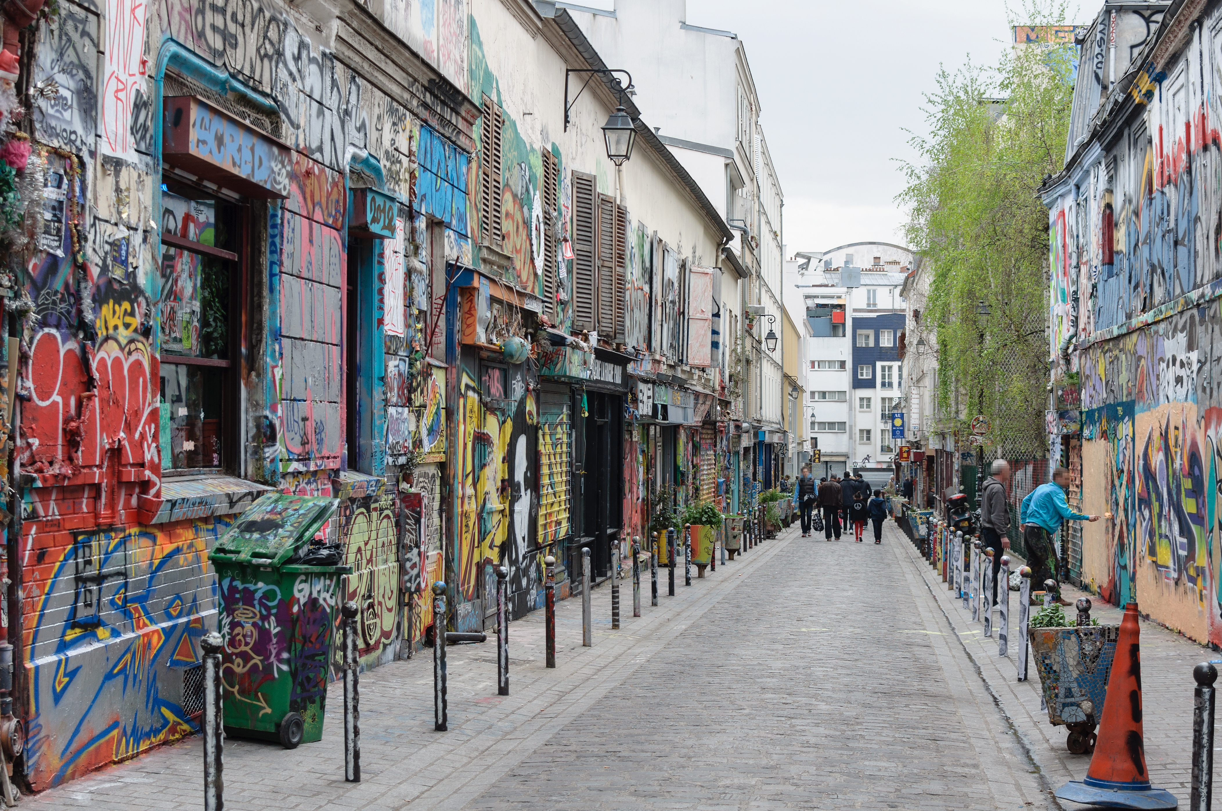 Angouleme (FR) prostitutes